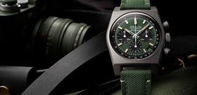 ساعت مچی سبز رنگ مد ترین رنگ دنیای ساعت