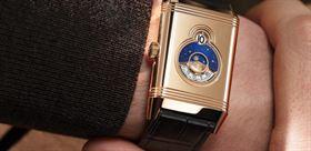 90 سال نوآوری با ساعت مچی دو طرفه Jaeger-LeCoultre