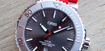 معرفی Oris Aquis Date Relief