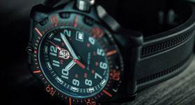 ساعت مچی لومینوکس مدل 8880 از سری Black Ops