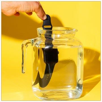 شستن ساعت پلاستیکی